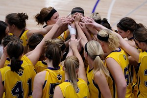 UWSP Pointers Women's Basketball, photo courtesy of UWSP Athletics Department