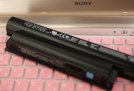Sony's lithium-ion battery for its Vaio laptops is seen during a photo opportunity at its showroom in Tokyo November 28, 2012. REUTERS/Kim K