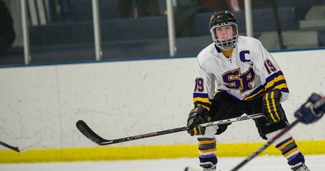 UW Stevens Point Women's Hockey, photo courtesy UWSP Athletics