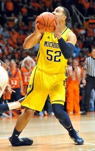 Jordan Morgan not expected to play tonight against Northwestern.