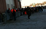 Photo Coverage :: The Line for Donald Driver Retirement Ceremony Tickets 5