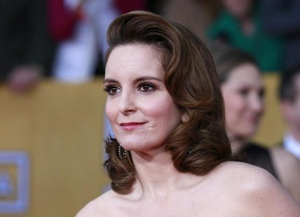"Actress Tina Fey of the TV comedy ""30 Rock"" arrives at the 19th annual Screen Actors Guild Awards in Los Angeles, California January 27, 201"