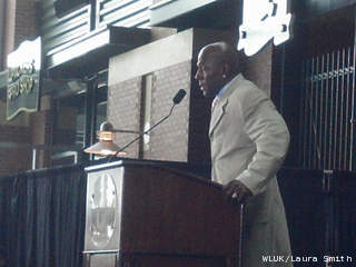 Former Green Bay Packers wide receiver Donald Driver speaks at his retirement ceremony Feb. 6, 2013. (courtesy of FOX 11).
