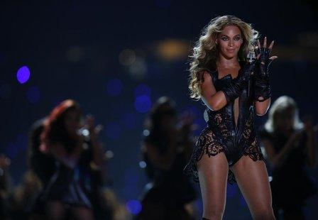 Beyonce performs during the half-time show of the NFL Super Bowl XLVII football game in New Orleans, Louisiana, February 3, 2013. REUTERS/Je