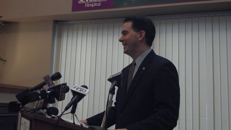 Governor Scott Walker announces UW Carbone Cancer Center investment at St. Vincent Hospital in Green Bay on Feb. 14, 2013.