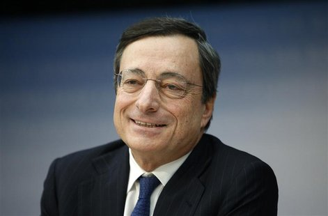 European Central Bank (ECB) President Mario Draghi attends the monthly ECB news conference in Frankfurt December 6, 2012. REUTERS/Lisi Niesn