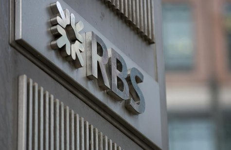 The logo of the Royal Bank of Scotland is seen at an office in London February 6, 2013. REUTERS/Neil Hall (BRITAIN - Tags: BUSINESS CRIME LA