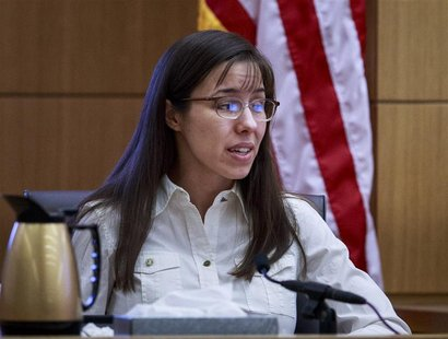 Jodi Arias testifies during her murder trial in Maricopa County Superior Court in Phoenix, Arizona February 19, 2013. REUTERS/Charlie Leight