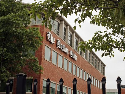 The Boston Globe's logo is seen on the newspaper's building in Boston, Massachusetts June 15, 2009. REUTERS/Brian Snyder