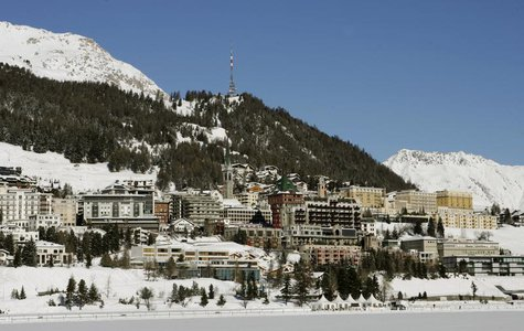 A general view shows the Swiss mountain resort of St. Moritz January 23, 2008. REUTERS/Arnd Wiegmann