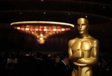 An Oscar statue is pictured at the Governors Ball for the 85th Academy Awards in Hollywood, California February 24, 2013. REUTERS/ LUCAS JAC