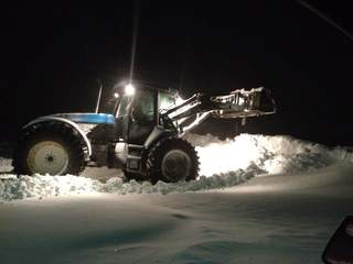 Clearing snow in Valders, Wis. on February 27, 2013. (courtesy of FOX 11).