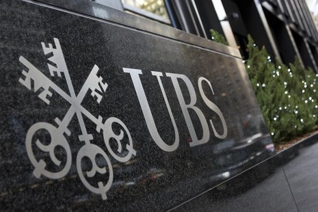 The logo of Swiss bank UBS is seen at their offices in New York December 19, 2012. REUTERS/Andrew Burton (UNITED ST
