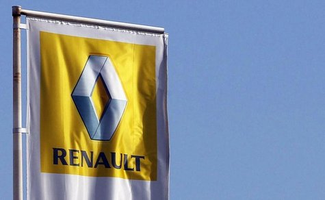 The Renault automaker company logo is displayed outside a car dealership in Bordeaux, Southwestern France, March 1,2013. REUTERS/Regis Duvig