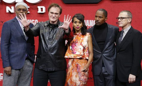 Cast members Samuel L. Jackson (L-R) Quentin Tarantino, Kerry Washington, Jamie Foxx and Christoph Waltz pose on the red carpet for the Germ