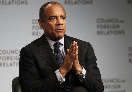 Chairman and CEO of American Express Company Kenneth Chenault speaks to the Council on Foreign Relations in New York December 6, 2011. REUTE