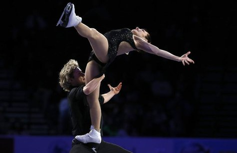 "Senior Dance gold medalists Meryl Davis and Charlie White perform in the ""Skating Spectacular"" at the U.S. Figure Skating Championships in O"