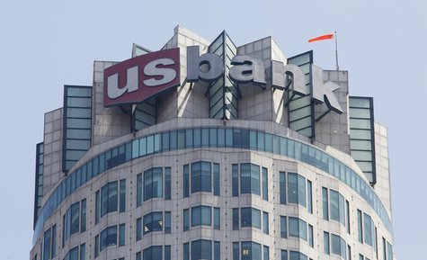 The logo of US Bank is seen atop the US Bank Tower in downtown Los Angeles July 17,2012. REUTERS/Fred Prouser