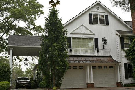 A view of the home of former JP Morgan chief investment officer Ina Drew in Short Hills, New Jersey, May 14, 2012. REUTERS/Eduardo Munoz