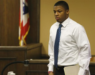 Ma'lik Richmond enters juvenile court in Steubenville, Ohio, March 15, 2013. REUTERS/Keith Srakocic/Pool