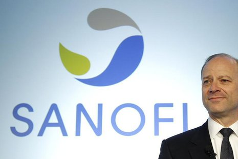 Chris Viehbacher, CEO of Sanofi, attends a news conference to present Sanofi 2011 annual results in Paris, February 8, 2012. REUTERS/Benoit