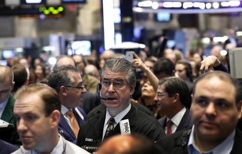 Traders work on the floor at the New York Stock Exchange, March 22, 2013. REUTERS/Brendan McDermid