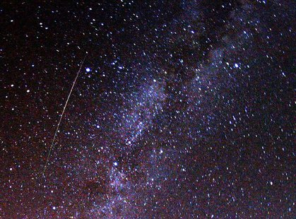 Perseid meteor - Wikimedia photo by Brocken Inaglory