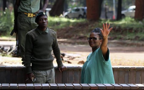 Zimbabwe's Lawyers For Human Rights (ZLHR) Board Member Beatrice Mtetwa waves as she arrives at Harare Magistrates Court, March 20, 2013. RE