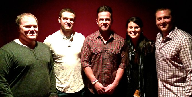 Jess Kelley and friends with David Nail