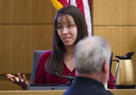 Jodi Arias answers written questions from the jury in Maricopa County Superior Court in Phoenix, Arizona, March 7, 2013. REUTERS/Tom Tingle/