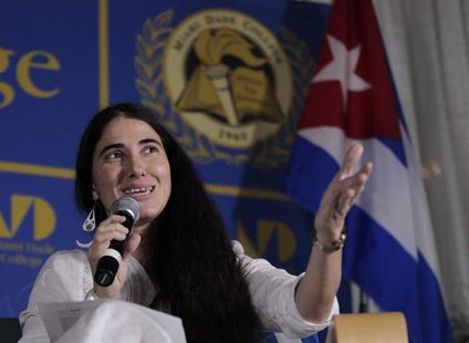 Yoani Sanchez, the best-known dissident blogger from Cuba, speaks at the Freedom Tower in Miami, Florida April 1, 2013. REUTERS/Joe Skipper