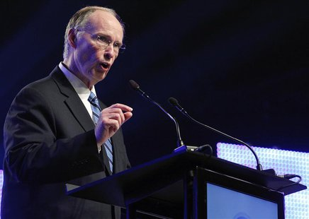 Alabama Governor Robert Bentley speaks during a news conference in Mobile, Alabama July 2, 2012. European planemaker Airbus held a news conf