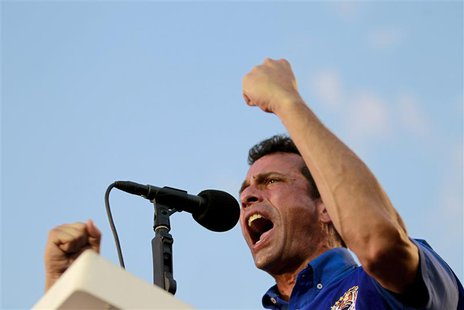 Venezuela's opposition leader and presidential candidate Henrique Capriles speaks to supporters during a campaign rally in the state of Anzo