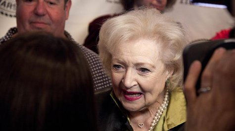 Betty White attends her Friars Club Roast in New York May 16, 2012. REUTERS/Andrew Kelly