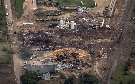 An aerial view shows the aftermath of a massive explosion at a fertilizer plant in the town of West, near Waco, Texas April 18, 2013. REUTER