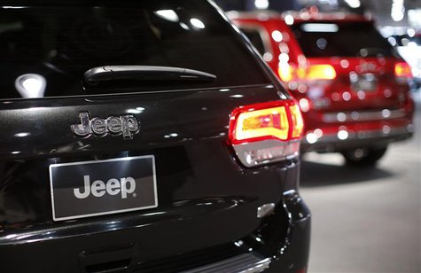 Jeep vehicles are seen on display during a press preview at the 2013 New York International Auto Show in New York, March 28, 2013. REUTERS/M