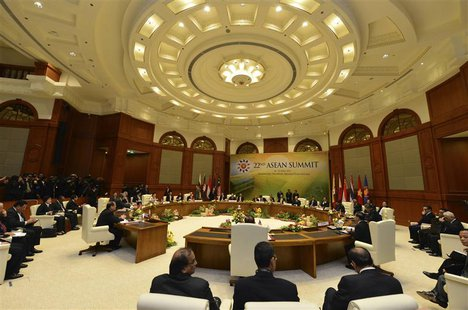 A general view of the retreat during the ASEAN Summit at the Prime Minister's Office in Bandar Seri Begawan April 25, 2013. Leaders of the A