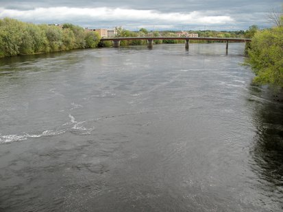 Chippewa River in Eau Claire (courtesy of Wikimedia Commons)