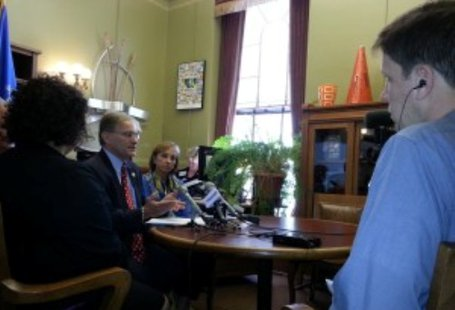 State Rep Peter Barca speaks to reporters (Photo: Wisconsin Radio Network)