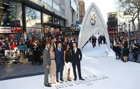 "Cast members of ""Star Trek Into Darkness"" (L-R) Chris Pine, Alice Eve, Zachary Quinto, Zoe Saldana and Benedict Cumberbatch pose for photogr"