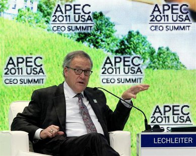 Eli Lily and Company's President and CEO John Lechleiter speaks during the APEC CEO summit in Honolulu, Hawaii November 11, 2011. REUTERS/Ch