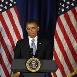 U.S. President Barack Obama reacts as he speaks at a Democratic Party fundraiser at the Waldorf Astoria hotel in New York, May 13, 2013. REU