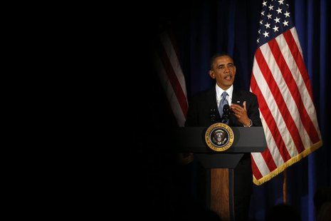 U.S. President Barack Obama speaks at a Democratic Party fundraiser at the Waldorf Astoria hotel in New York, May 13, 2013. REUTERS/Jason Re