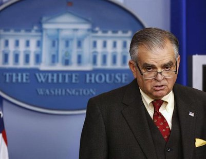 U.S. Secretary of Transportation Ray LaHood speaks at the White House in Washington February 22, 2013. REUTERS/Larry Downing