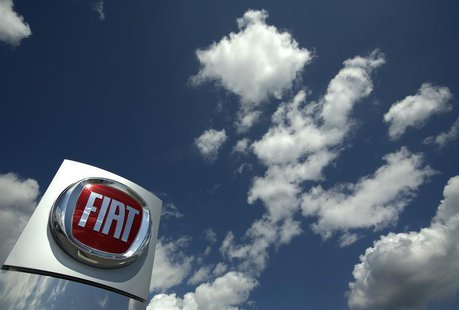 The logo of Italian car maker Fiat is pictured at a sale point in Meyrin near Geneva. REUTERS/Denis Balibouse