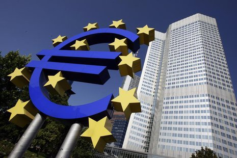 Outside view shows the Euro sculpture in front of the headquarters of the European Central Bank (ECB) in Frankfurt September 18, 2008. REUTE