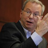 Executive Chairman of Google Eric Schmidt gestures as he speaks at Harvard University in Cambridge, Massachusetts April 25, 2013. REUTERS/Je