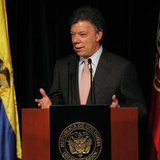 Colombia's President Juan Manuel Santos speaks during the inauguration of the 26th International Book Fair in Bogota April 17, 2013. REUTERS