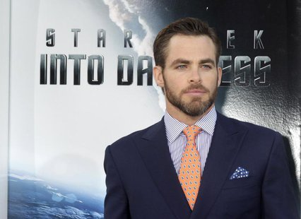 "Actor Chris Pine, cast member of the new film ""Star Trek Into Darkness"", poses as he arrives at the film's premiere in Hollywood May 14, 201"