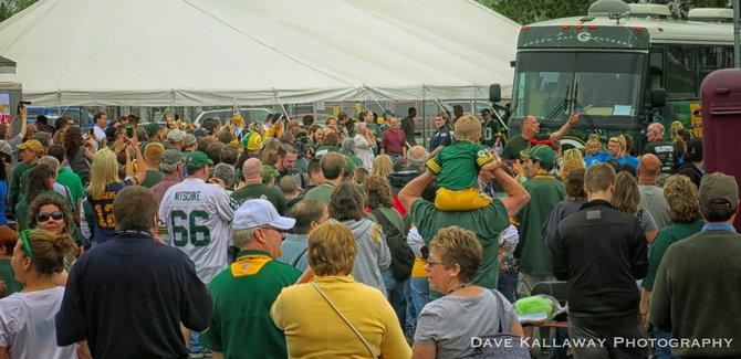 I think the Packers felt the love today...GOBS of fans came out to Witter Field in Wisconsin Rapids!!
